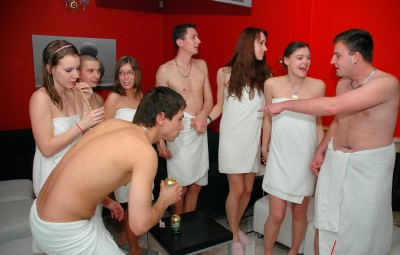 Prague and swingers club Cunt licking and sucking at a bi sex club at Prague -
